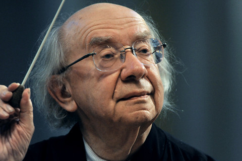 Le chef d'orchestre russe Gennady Rozhdestvensky